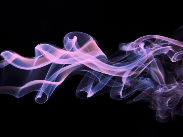Wallpaper-for-Computer-Purple-Smoke-on-Dark-Background-Looking-Good-on-Multiple-Devices
