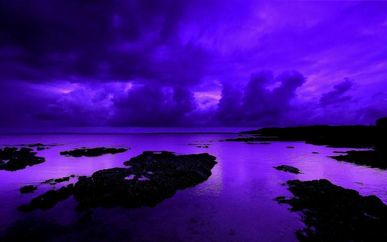 http://1hdwallpapers.com/wallpapers/a_violet_night.jpg