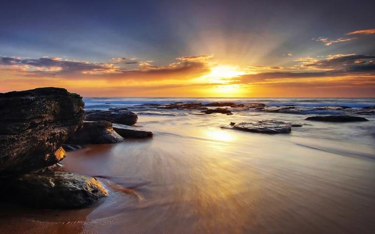 Image: http://nevinnah.com/wp-content/uploads/Sunrise-wallpaper-1024x640.jpg