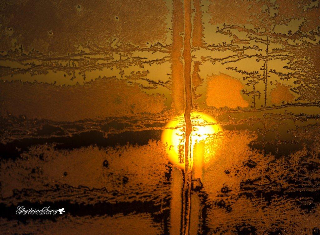 Image: http://th08.deviantart.net/fs71/PRE/i/2014/069/b/0/sunrise_in_my_back_window_1_by_gigi50-d78ijfv.jpg