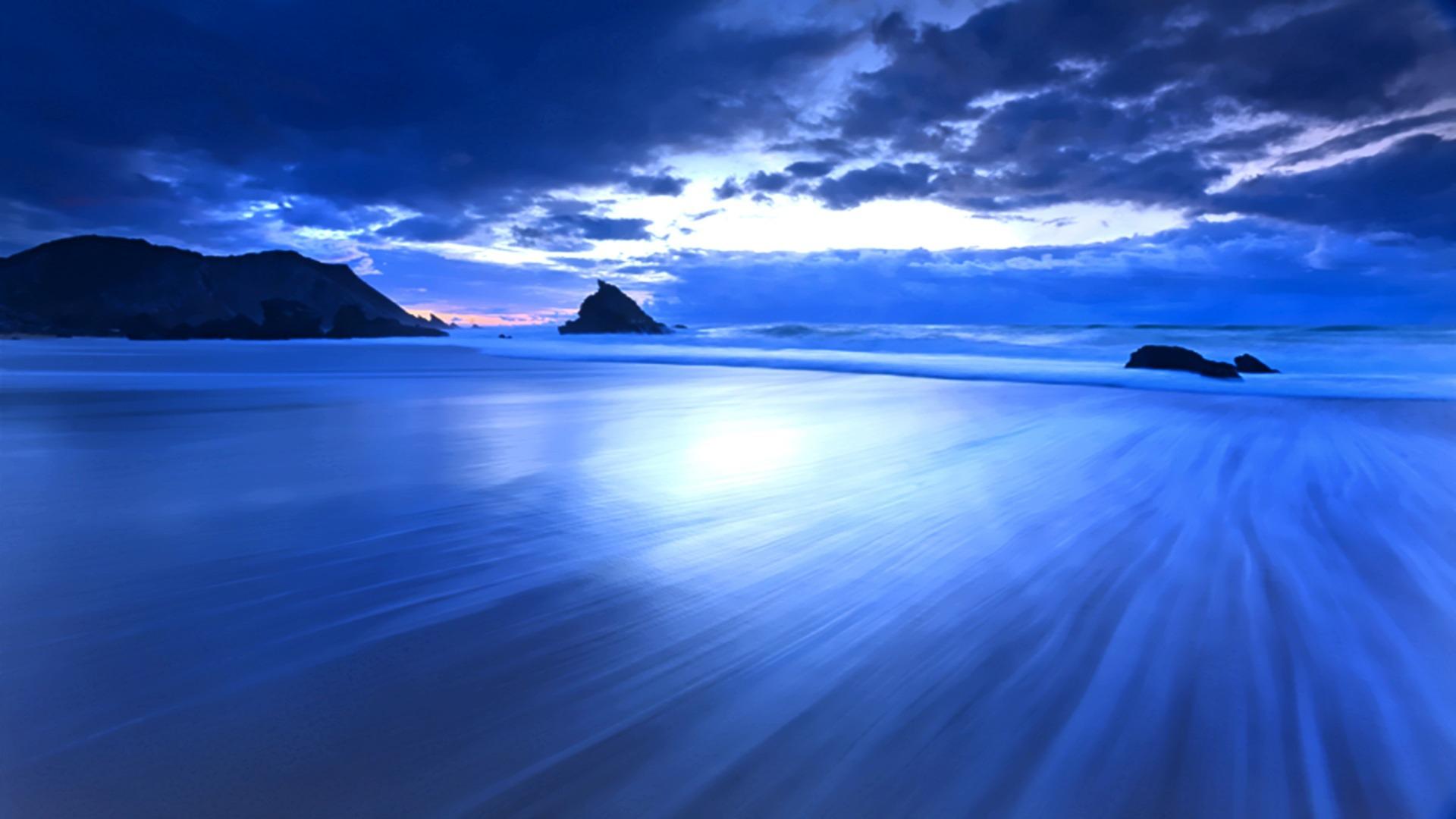 Image: https://stopcetaceancaptivitynow.files.wordpress.com/2012/09/free-ocean-desktop-wallpaper-1920x1080.jpg