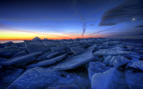 Image: http://1hdw.com/wallpapers/thumbs/ice_nature_lakes_frozen_winter_sky_clouds_sunrise_sunset_hdr_wide.jpg