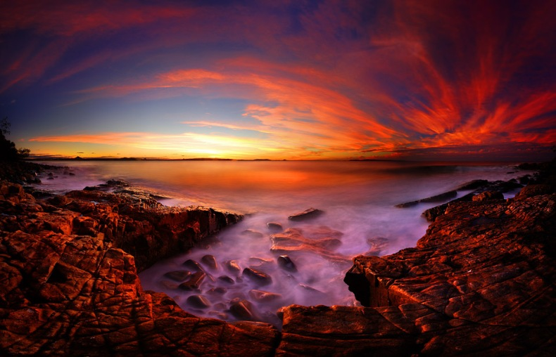 Image copyright Troy Casswell http://elementsimaging.com.au/wp-content/uploads/galleries/post-46/full/Boiling%20Pot%20-%20Sunset%20-%20W.jpg