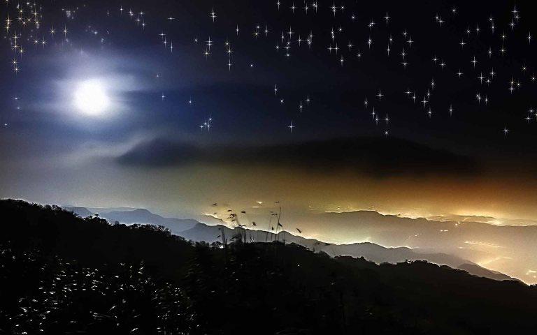 hd-beautiful-pics-of-moon-and-stars