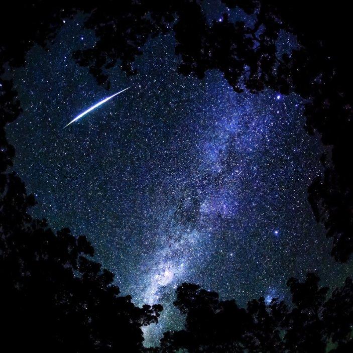 Image: Shooting Star II by Questavia