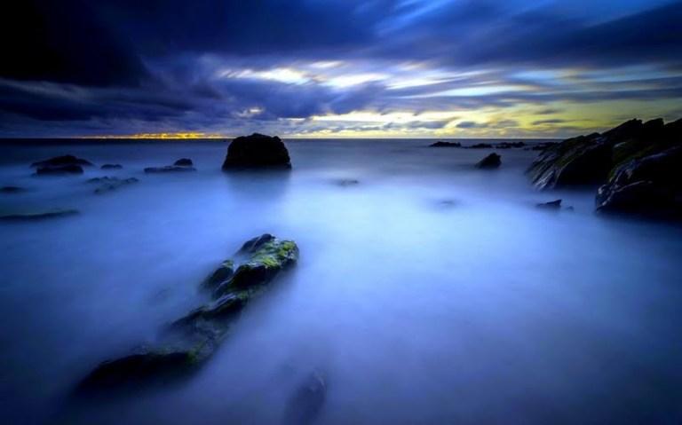 sea-at-night-187054