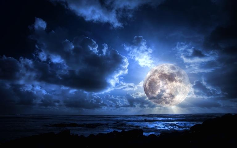 beautiful-moon-wallpaper-hd-6
