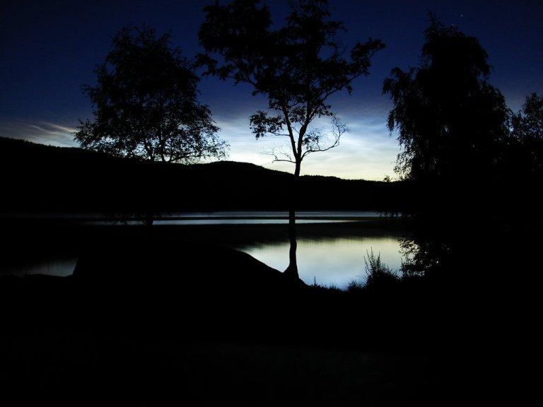 lake_at_night_wallpaper_by_typhlosion-d10jcmk