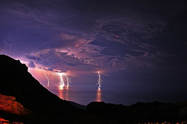 landscapes storm lakes lightning 3111x2073 wallpaper_www.wall321.com_87