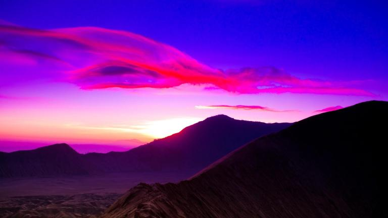 beautiful_mount_bromo_sunrise